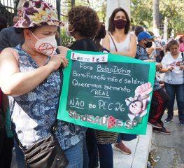 TRABALHADORES PROTESTAM CONTRA O PLC 26/2021